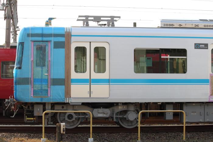 N3000系の側面