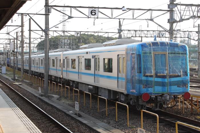 大江駅留置中のN3000系