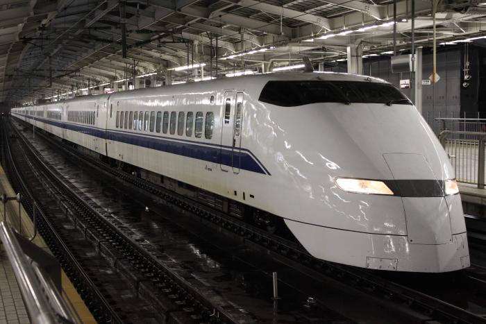 廃車回送されるF1編成(新大阪 10/30)