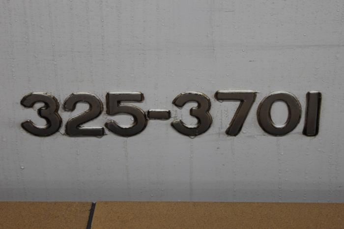 325-3701(11号車)