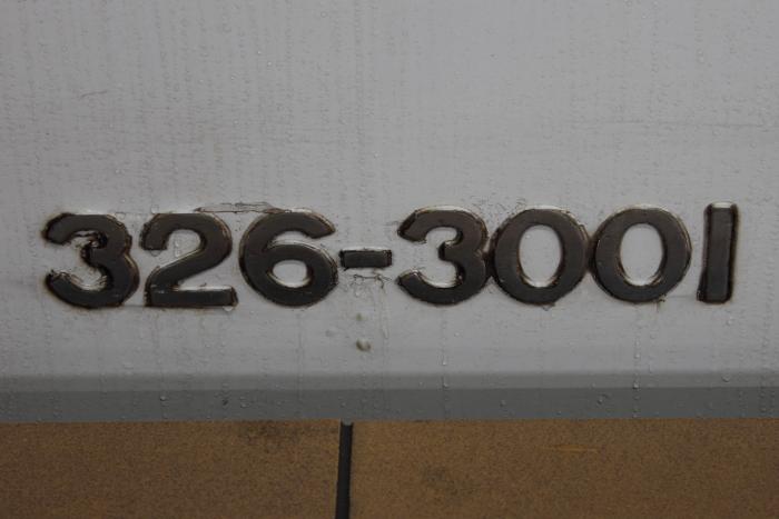 326-3001(4号車)