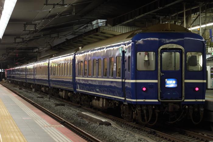4002レ(客車側から)