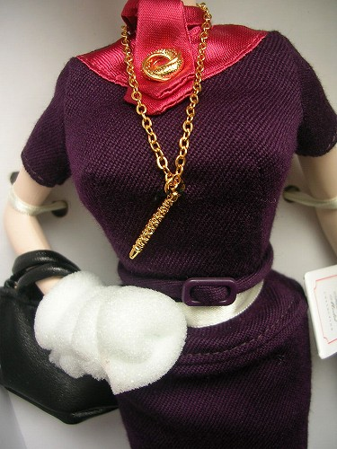 3Barbie Mad Men Joan Holloway 067