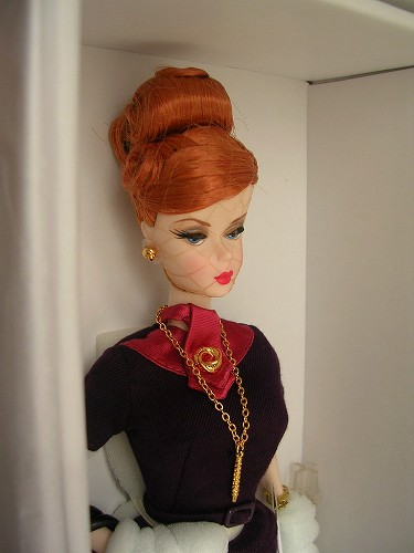 5Barbie Mad Men Joan Holloway 074