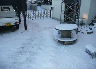 14雪降り2