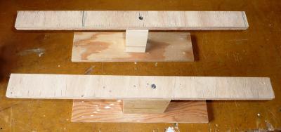 25竿掛け柱補助材塗装台