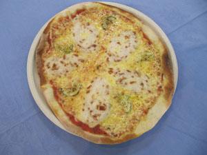 とろろ芋と味噌漬のピザ