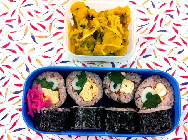 巻き寿司のお弁当