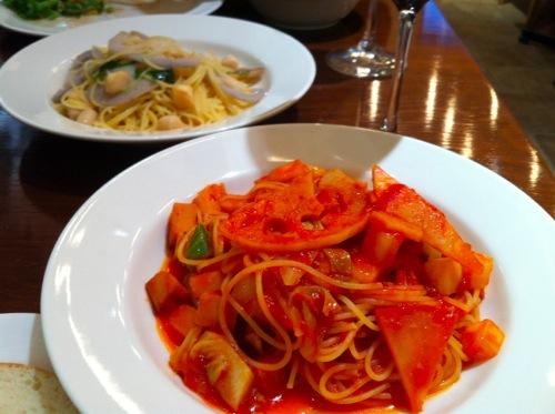 1野菜のスパゲッティ・レンコンと小柱のペペロンチーノの