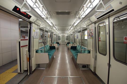 20100801_osaka_subway_80-in.jpg