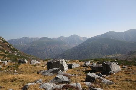 カールから昨日歩いた山々