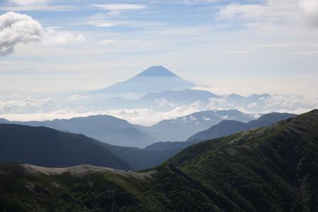 富士の眺めはやっぱ塩見が一番だ。