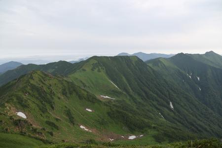伏見岳からの縦走路
