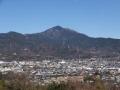 震生湖駐車場より大山を望む