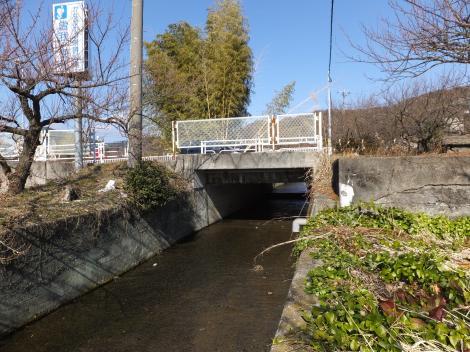 砂留田川・県道72号線