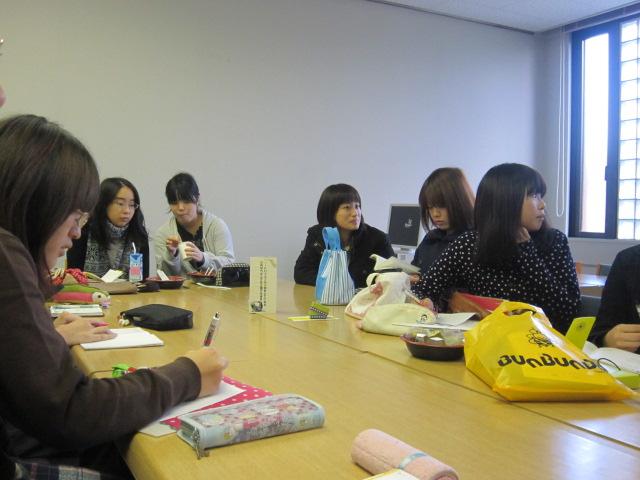2011年11月24日図書委員会.1