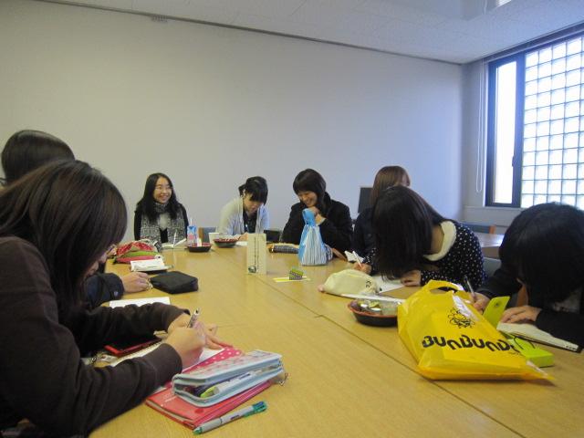 2011年11月24日図書委員会.4