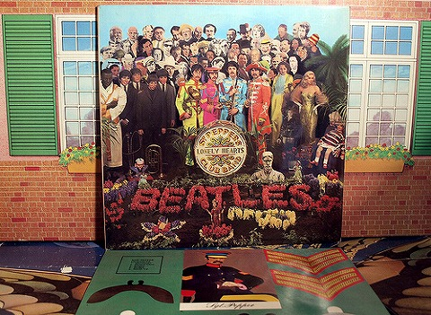 SGT PEPPER'S LONLEY HEARTS CLUB BAND