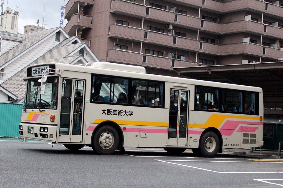 MK観光バス か821