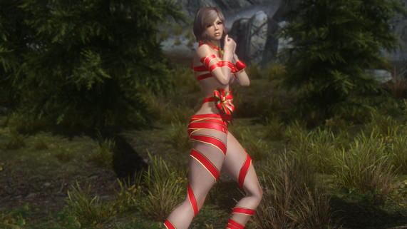 Nyotengu_Christmas_SeveNBase_1.jpg