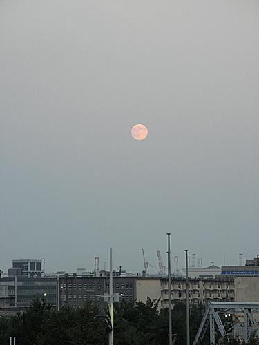 20100824月