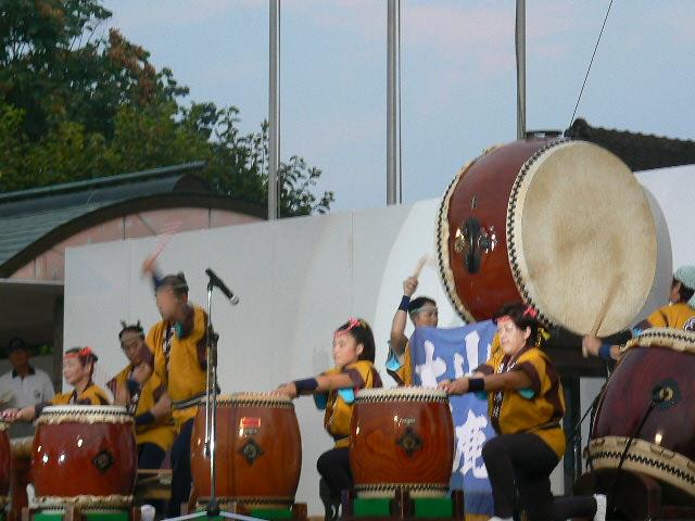 山鹿太鼓の演奏
