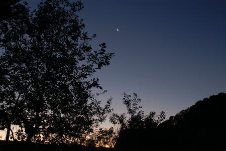 山の夜明け10