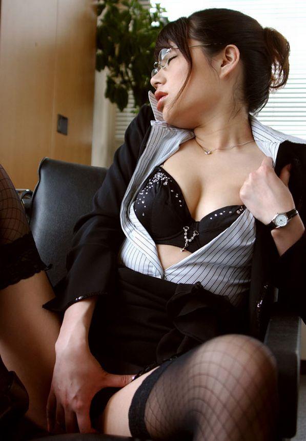 女子のオナニー img005
