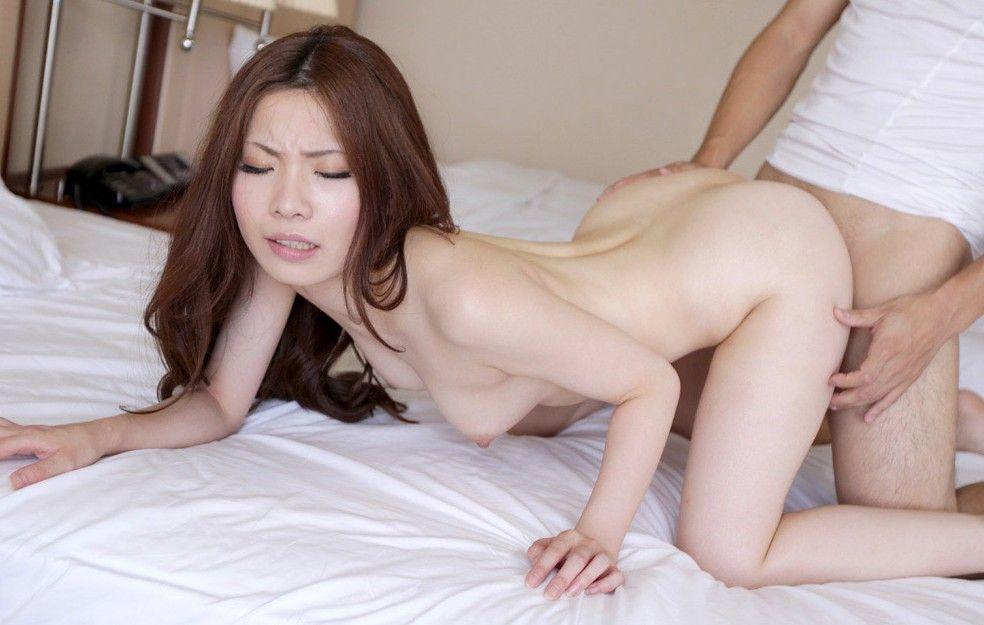 「おまんこ」にチンポが突き刺さっている性行為中のエロ画像 8