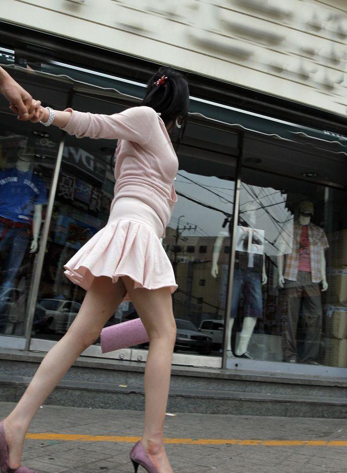 街撮り盗撮 着衣エロ画像 49