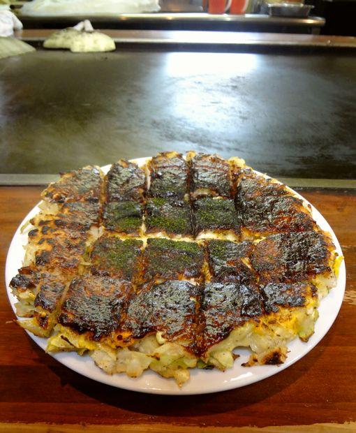 『ふきや 赤坂市場店』チーズ玉焼き・大きめ(アップ)