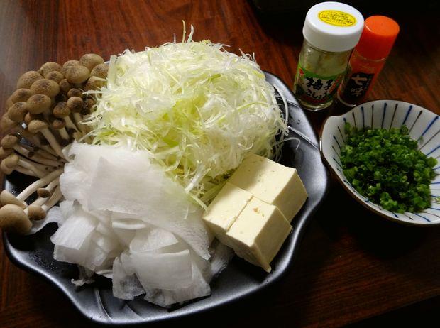 「豚しゃぶ蕎麦鍋」4(野菜と薬味)