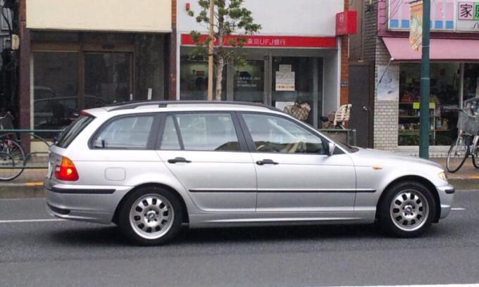 BMW 318 i_20130823