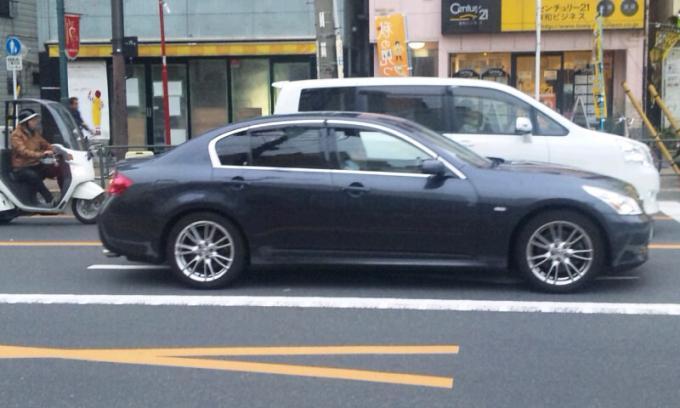 NISSAN SKYLINE 350 GT_20131004