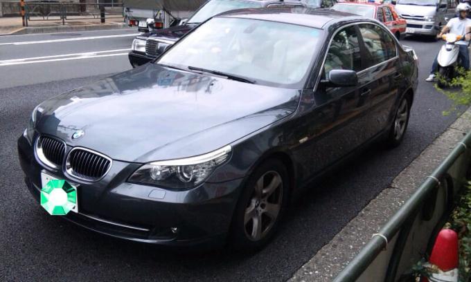BMW  525i_20110902