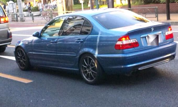 BMW  3 Series_20110919