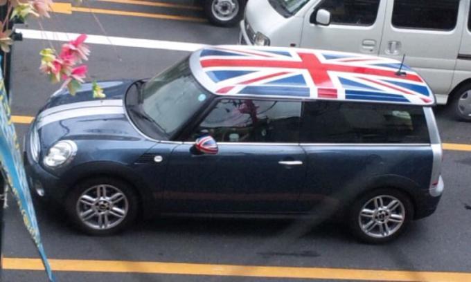 BMW  mini  Clubman_20110920