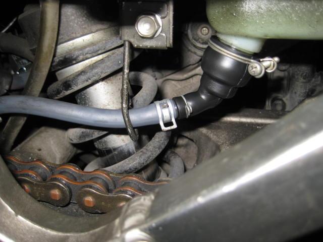 NMクーラント補給、Mオイル抜き換え、ステムBG、ブレーキパッド交換 (9)
