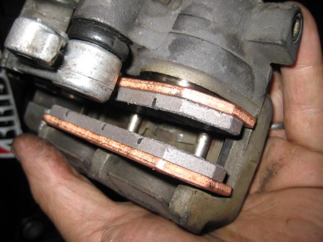 NMクーラント補給、Mオイル抜き換え、ステムBG、ブレーキパッド交換 (54)