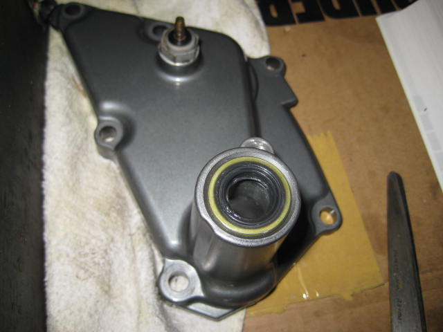 KSエンジン組み立て腰下完成 (1)