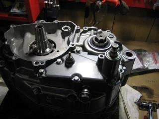 KSエンジン組み立て腰下完成 (5)