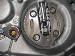 KSエンジン組み立て腰下完成 (15)
