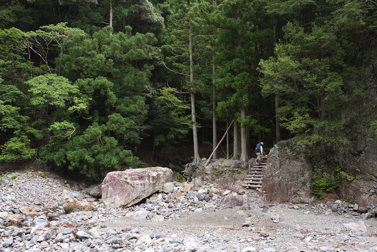 東俣谷、1
