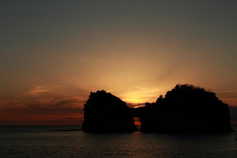 円月島、3