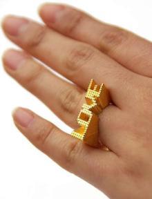 高田馬場まで通う係長のブログ-LOVE指輪