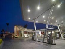 $高田馬場まで通う係長の記-美しいガソリンスタンド
