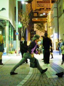 $原宿と渋谷の間に間に-動かないイタリア人-2