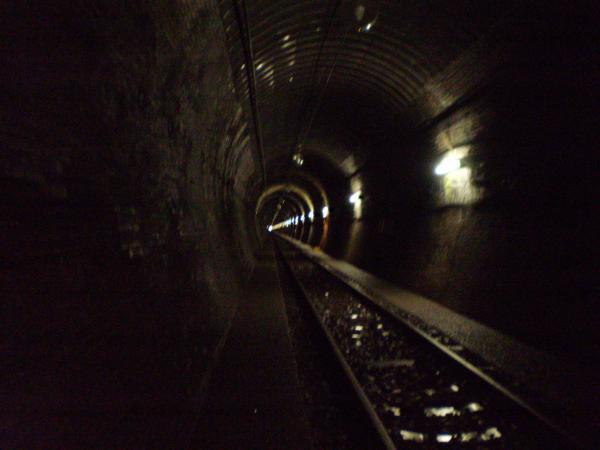 トンネル中