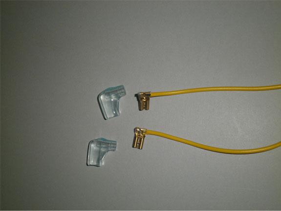 平型端子(旗型)3