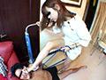 心理カウンセラー女王様のナマ足専用ストレス解消犬